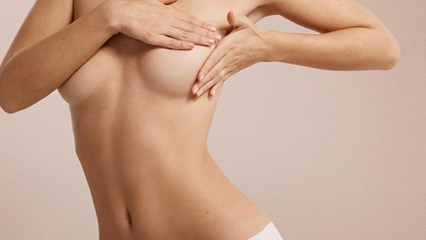 乳腺纤维瘤严重吗?看看医生怎么说