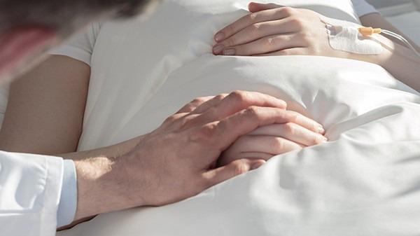 肝硬化临死前有什么表现?肝硬化患者有哪些表现症状