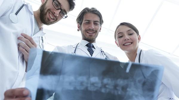 如何预防新冠肺炎?新冠肺炎的早期症状有什么