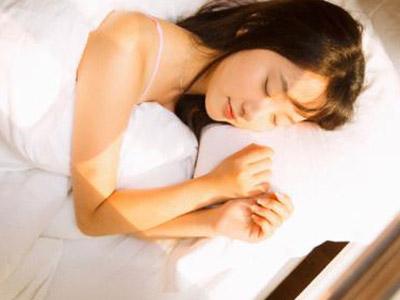 哪些睡眠的坏习惯可以影响性爱质量 - 飞华健康网
