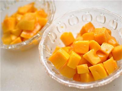 睡觉之前可以吃芒果吗?