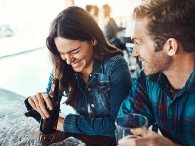 夫妻同房增强自信的三大法宝 除了红酒还有它们