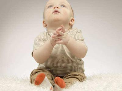 刚出生的娃都是家里的宝贝疙瘩,要多可爱就有多可爱,谁知道两岁之后