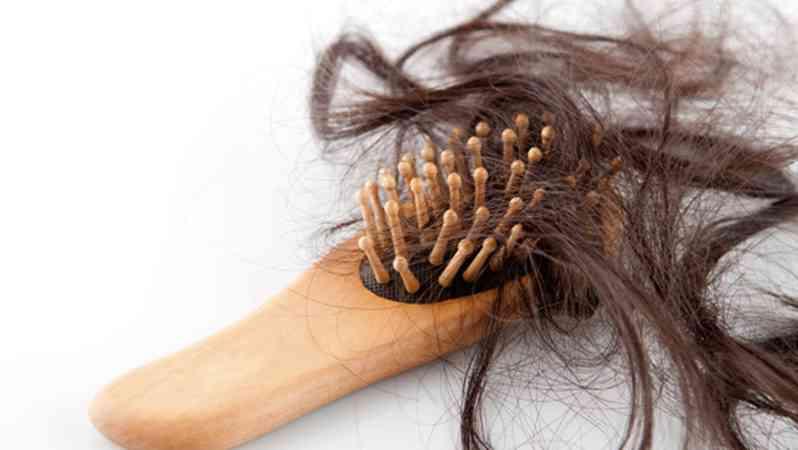 女性怎么防止脱发? 孕期掉头发是正常的?