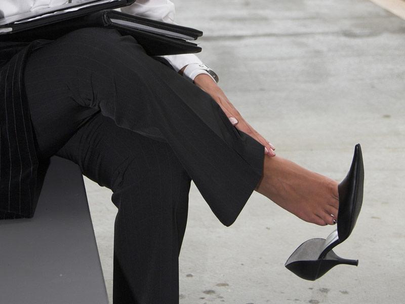从脱鞋的方式看出你内心