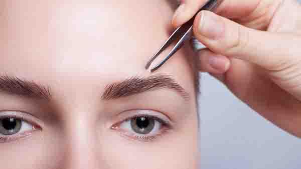 去眼袋手术失败如何修复