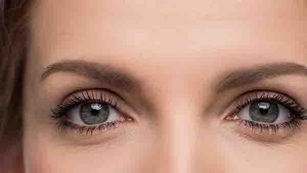 切眉术后需要用盐水消肿吗?