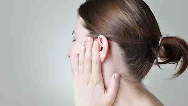 专家:哪种耳朵需要整形?