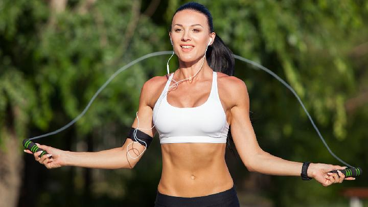 5个热身动作 运动前必看