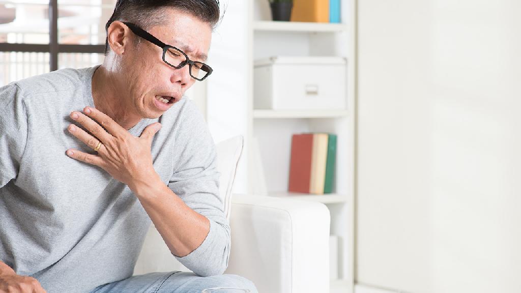咳嗽就是肺炎吗 缓解肺炎咳嗽的3个日常护理措施