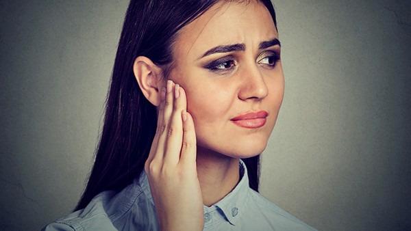 长期耳鸣是怎么回事