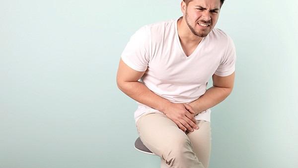 睾丸皮有血疙瘩怎么办呢?睾丸皮有血疙瘩是什么原因?