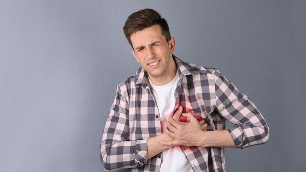 胸疼胸闷是怎么回事,胸闷胸痛要检查这类病