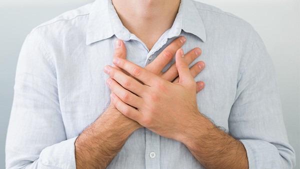 胸腔积水是怎么引起的,引发胸腔积水的因素