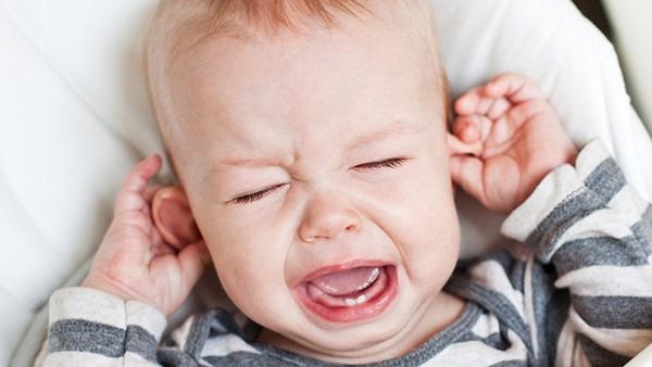 10个月宝宝流鼻涕怎么办?