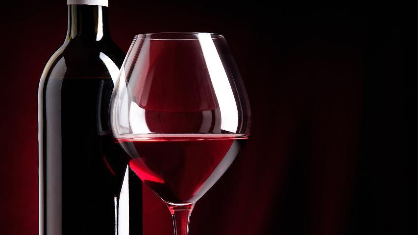 喝红酒的好处及禁忌