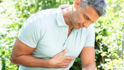 胸膜炎积水什么症状,胸膜积水会出现的表现