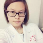 吳露露 護士