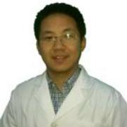 薛春龍 住院醫師