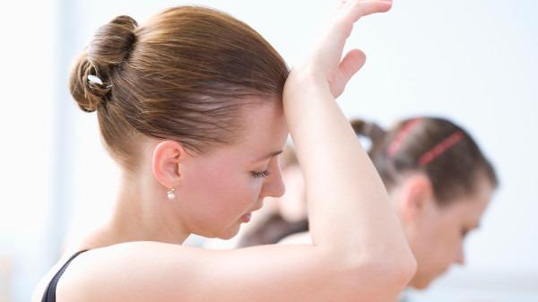 多汗是由什么原因造成的?中医治疗多汗的方法有哪些?