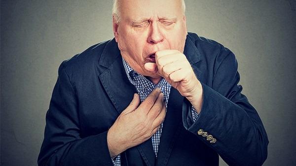 非典型肺炎有哪些特征呢?咳血是非典型肺炎的症状吗