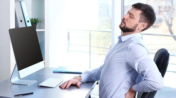 腰痛怎么回事?腰椎间盘突出怎么治疗?腰肌劳损怎么锻炼?