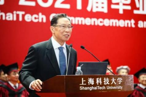 中国新冠疫苗为何无法做三期临床实验?钟南山给出凡尔赛式回答