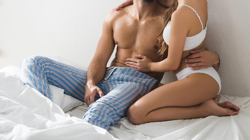 处于青春期的男性比女人更富于性幻想 男人与女人谁的性欲更强一些