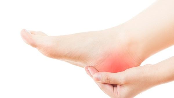 脚跟痛的原因是什么?出现不良症状如何检查