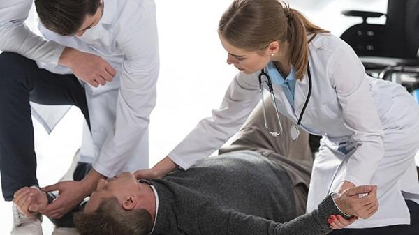 颈椎病该怎么治疗?颈椎疼痛怎么办