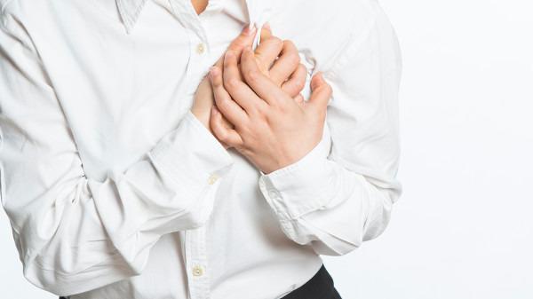 冠心病患者的早期症状是什么 冠心病患者的饮食禁忌是什么