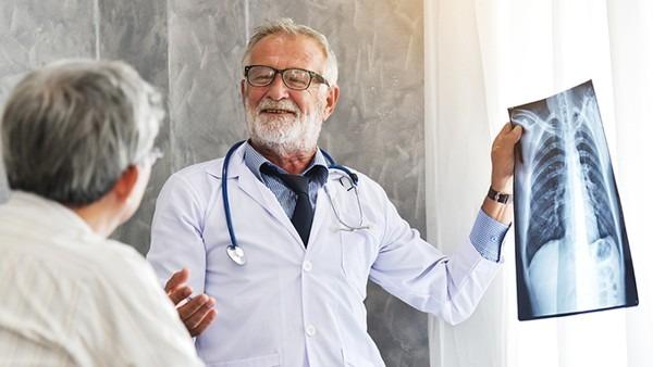 怀疑肺癌需做什么检查 筛查肺癌一定要做的6项检查