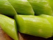 常吃莴笋可以丰胸改善肤色吗