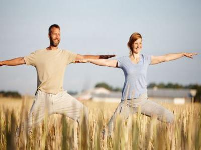 男女常做这些运动能增强性能力