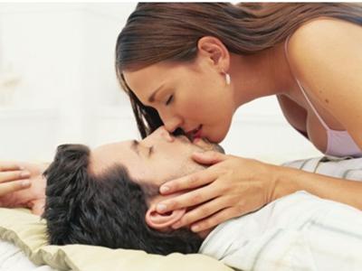 """亲密夫妻之间一定要""""做""""点热乎的事"""