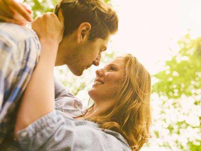 婚后生活中你的他是否对你激情依旧