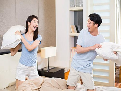 性交时妻子言语不当会导致丈夫阳痿3
