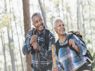 老人能再婚需要克服不良心理3