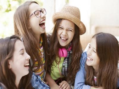 怎么解读青少年的两性关系和情感