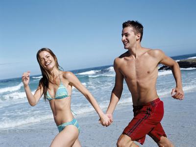 情侣经常牵手竟让心脏更健康1