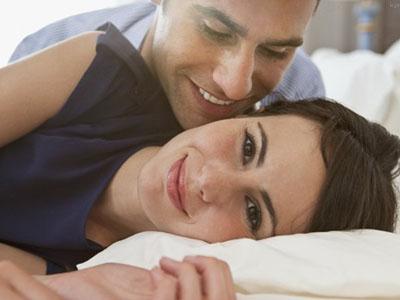 如何让男人在床上更喜欢你?