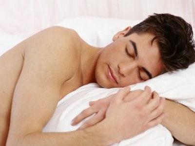 男性裸睡可以穿内裤吗 有哪些好处坏处