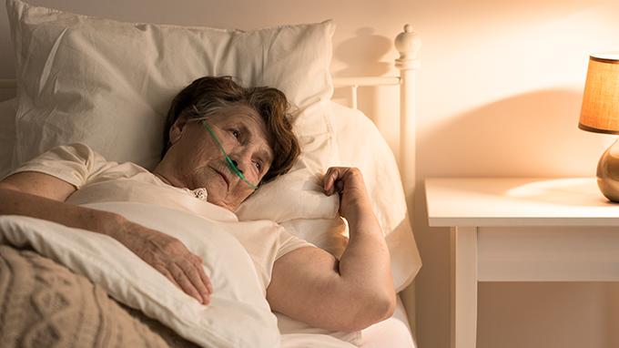 喉癌患者的术后护理注意事项