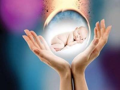 试管婴儿为什么宫外孕可以有效避免