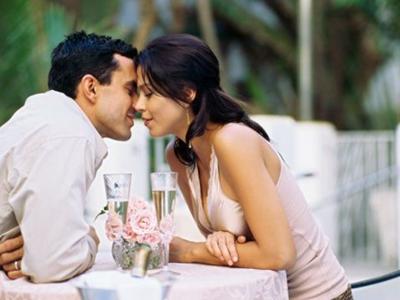 夫妻生活不和谐如何做能增加一点情趣