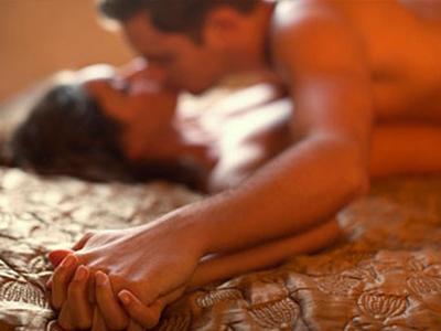 床上运动也是运动!性生活等于走路五公里