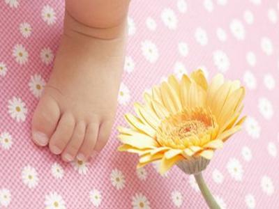 婴儿衣服可以用洗衣服洗吗