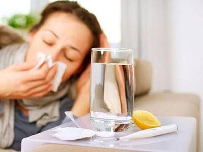 感冒发烧怎么做能好得快 感冒发烧怎么好得快