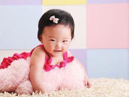 三个月宝宝大口吐奶怎么办