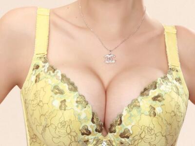 对于注射隆胸美容整形哪一家好总结两点